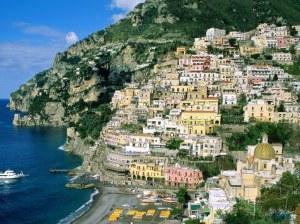 Amalfi-Coast-Campania-Italy-1-CFI5RPB97E-1024x768